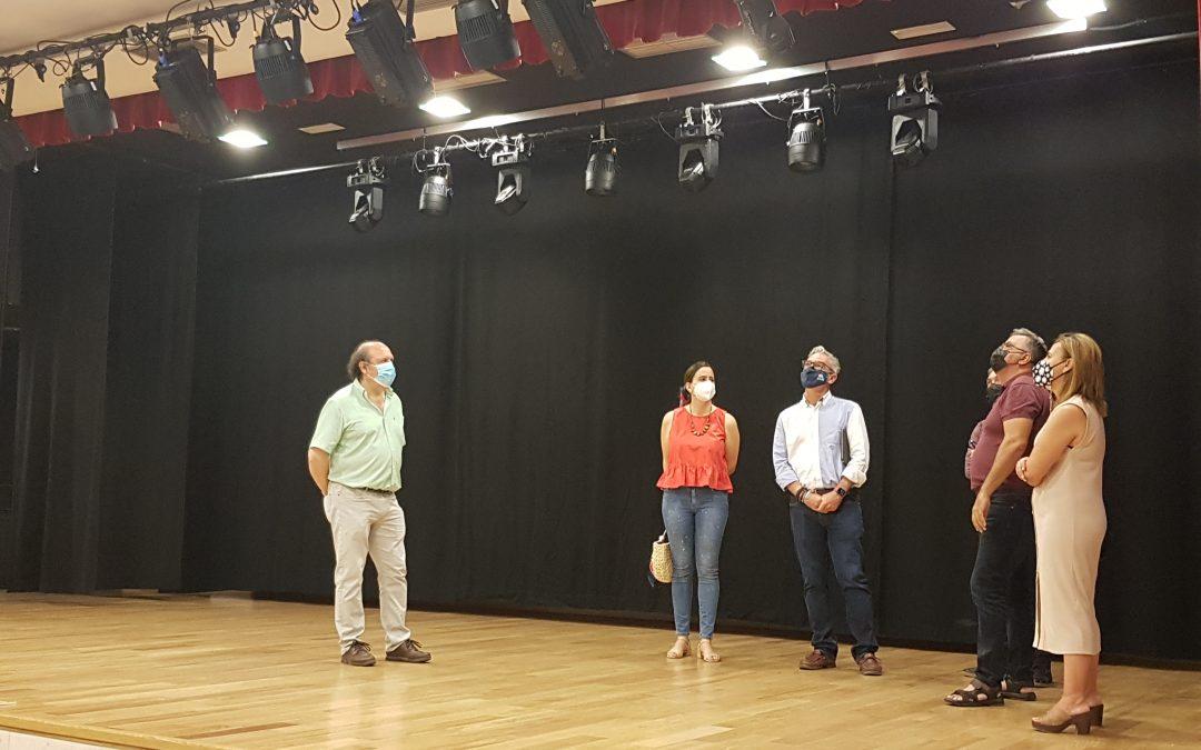 Nuevos equipos de sonido e iluminación para el Salón de Actos de la Casa de la Cultura